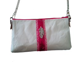POCHETTE CHAINETTE LONGUE GALON SEQUINS FUSHIA ET PLUME METAL STRASS